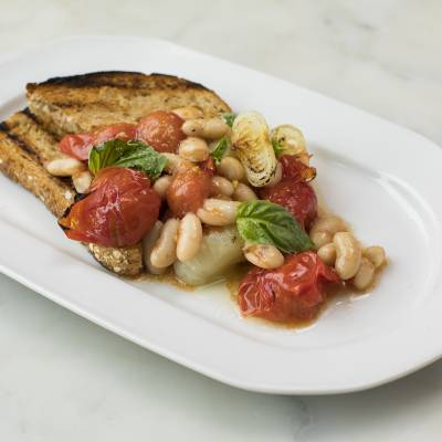 ROASTED TOMATOES AND ONIONS CIPOLLINI TOAST
