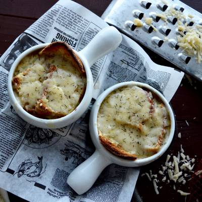 French Onion Soup (Aged Cheddar and Gruyère Cheese)